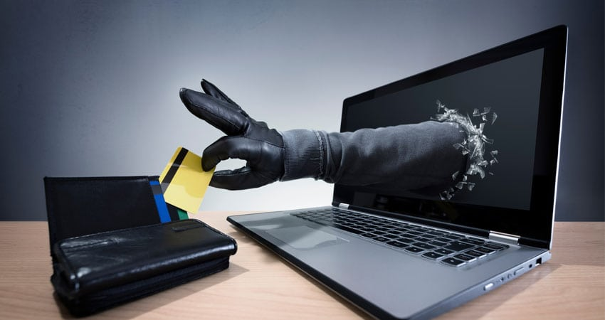 Online Shopping Fraud: Problem For Merchants & Customers
