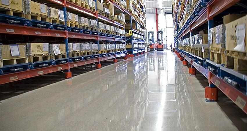 ecommerce fulfillment shiny floor feature