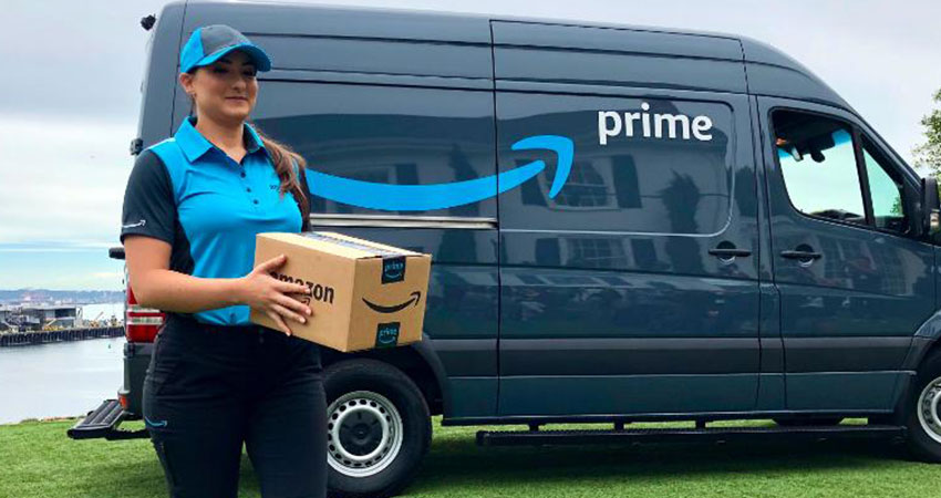 Amazon Adding Fleet of 20,000 Trucks for Delivery Services