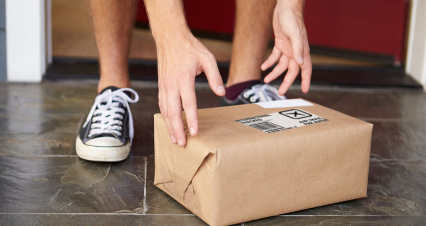 The Operational Impacts of Personalizing Subscription Ecommerce