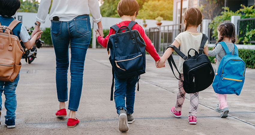 mom + kids back to school